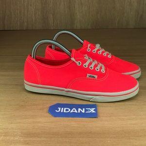 Vans Canvas Low Sneaker Bright Crimson